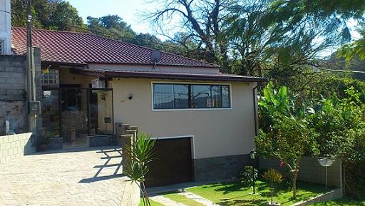 Casa com Piscina no bairro de Capoeiras em Florianópolis/SC