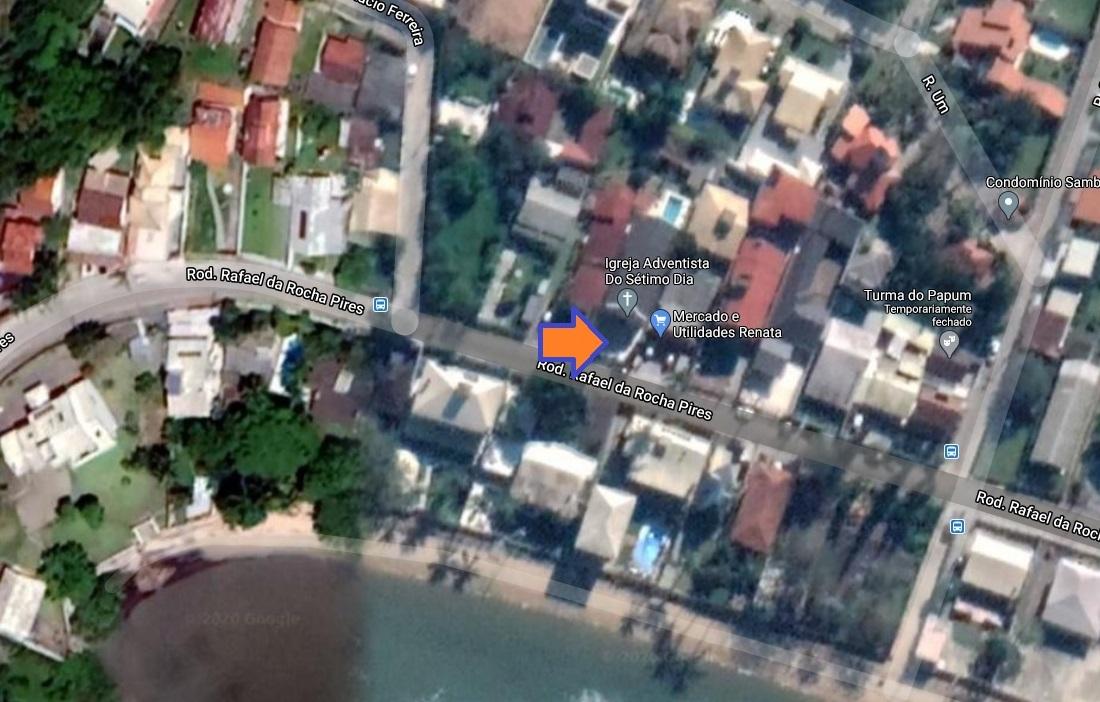 Imóvel Comercial na AV principal de Sambaqui a poucos metros do Mar.